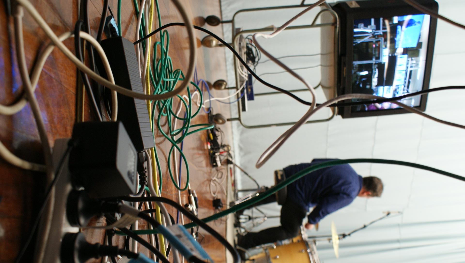 Syna_1 Setup: Cables
